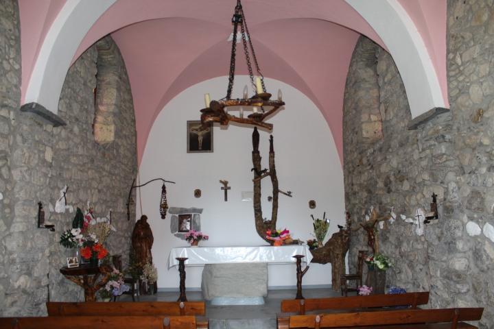 9mai - Chapelle de Laprau (4)