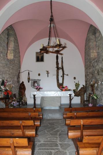 9mai - Chapelle de Laprau (5)