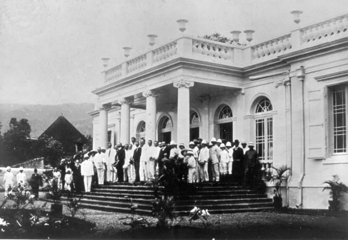 vue-exterieur-musee-1912-800